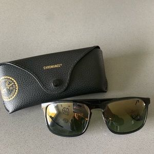 Ray-Ban RB4264 grey with green mirror chromance